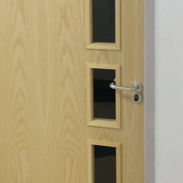 Fire door wood veneer