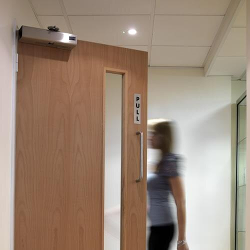 Freedor Smartsound Door Closer on door