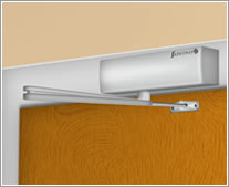A graphic of an overhead door closer installed in Fig. 61 configuration
