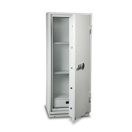 Burton Firebrand XL Size 3 paper protection safe