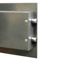 The security safe door is fitted with twin live locking bolts