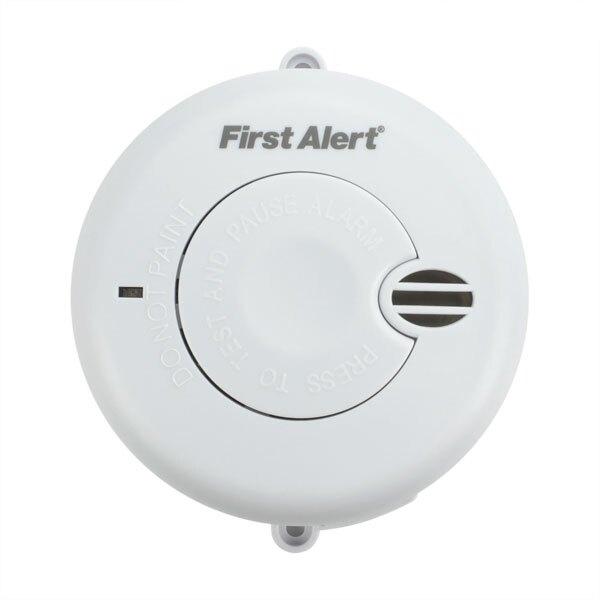 Longlife Battery Powered Optical Smoke Alarm - First Alert SA700LUK