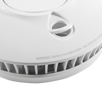 Smoke alarm suited to bedrooms, living rooms, hallways and landing areas