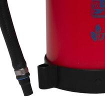Over 1kg lighter than a standard 6kg powder extinguisher