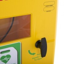 Wing style handle provides easy access to your AED