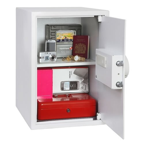The Phoenix Saracen 0937 Security Safe internal view