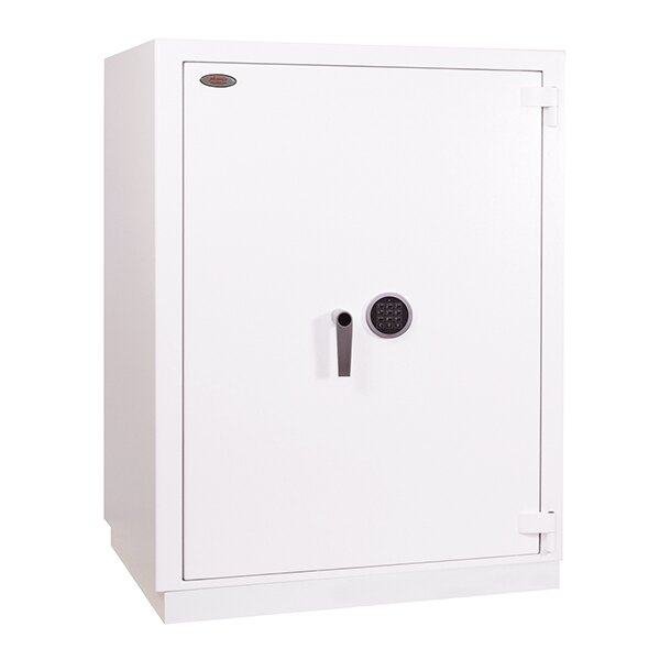 Fitted with high security VdS class I electronic lock