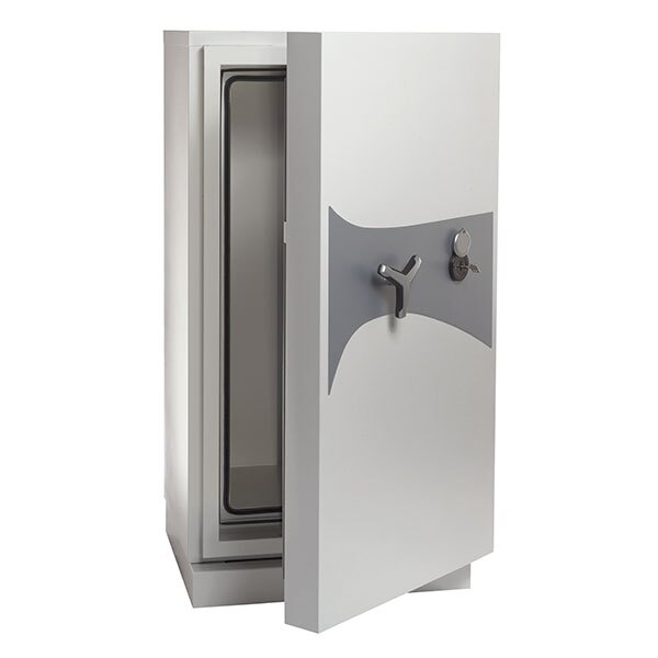 The DataPlus Size 3 safe features a key lock as standard