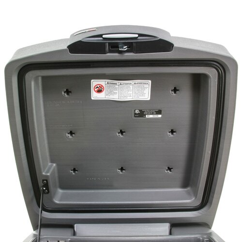 Sentry H3100 water and fireproof chest water seal