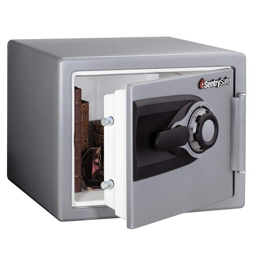 sentry ms0200 fire safe with combination lock. Black Bedroom Furniture Sets. Home Design Ideas