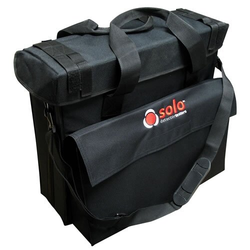 The protective bag is suitable for holding Solo head units, baton, charges and aerosols