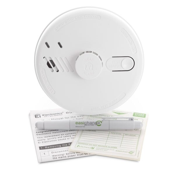 Mains Powered Heat Alarm with Alkaline Back-up Battery - Ei144