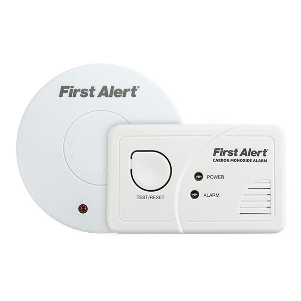 First Alert SA300UK Ionisation Smoke Alarm & CO-FA-9B Carbon Monoxide Alarm