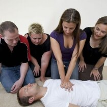 Image of the First Response Training AED and CPR Course