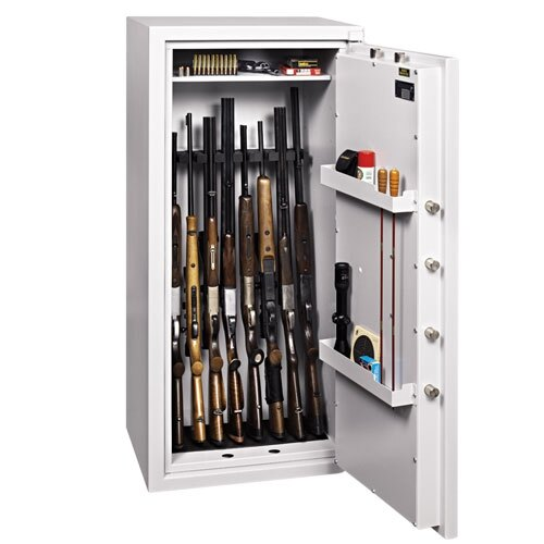 Ranger Grade I eight gun security cabinet with foam racking and anti slip/scratch mats